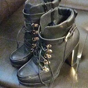 Size 10 torrid boots